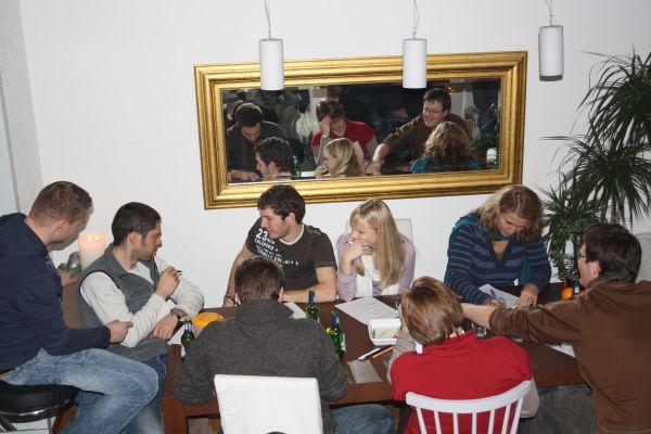 brainstorming-fuer-geschaeft-feb-2010-0024248329E-1E1F-BF5E-9423-0E4AF2A7287F.jpg